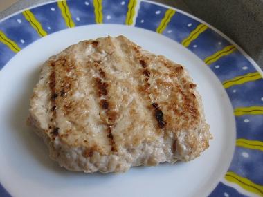 המבורגר עוף בניחוח אסייתי