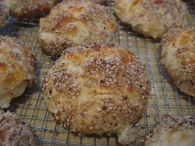 בואיקוס - לחמניות גבינה, עם גבינה צפתית של משק צוריאל