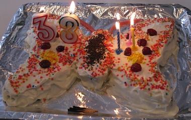 עוגת פרפר - עם נרות