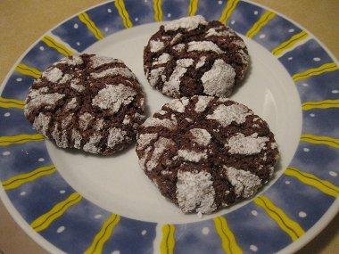 עוגיות שוקולד מתפוצצות ומושלגות