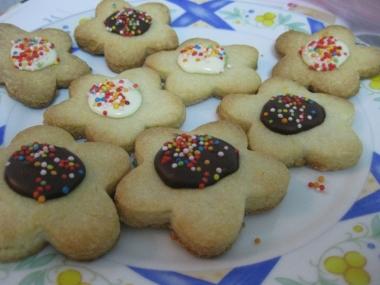 עוגיות פרחים, לאחר הקישוט