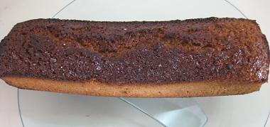 עוגת דבש עסיסית ומתובלת