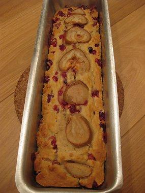 עוגת אגסים וחמוציות
