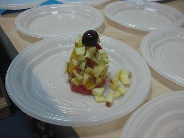 מגדל סלט פירות