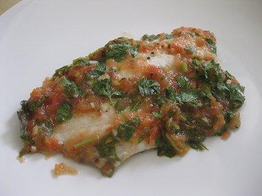 פילה דג אמנון בסלסת עגבניות