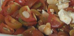 סלט עגבניות וצפתית קצח